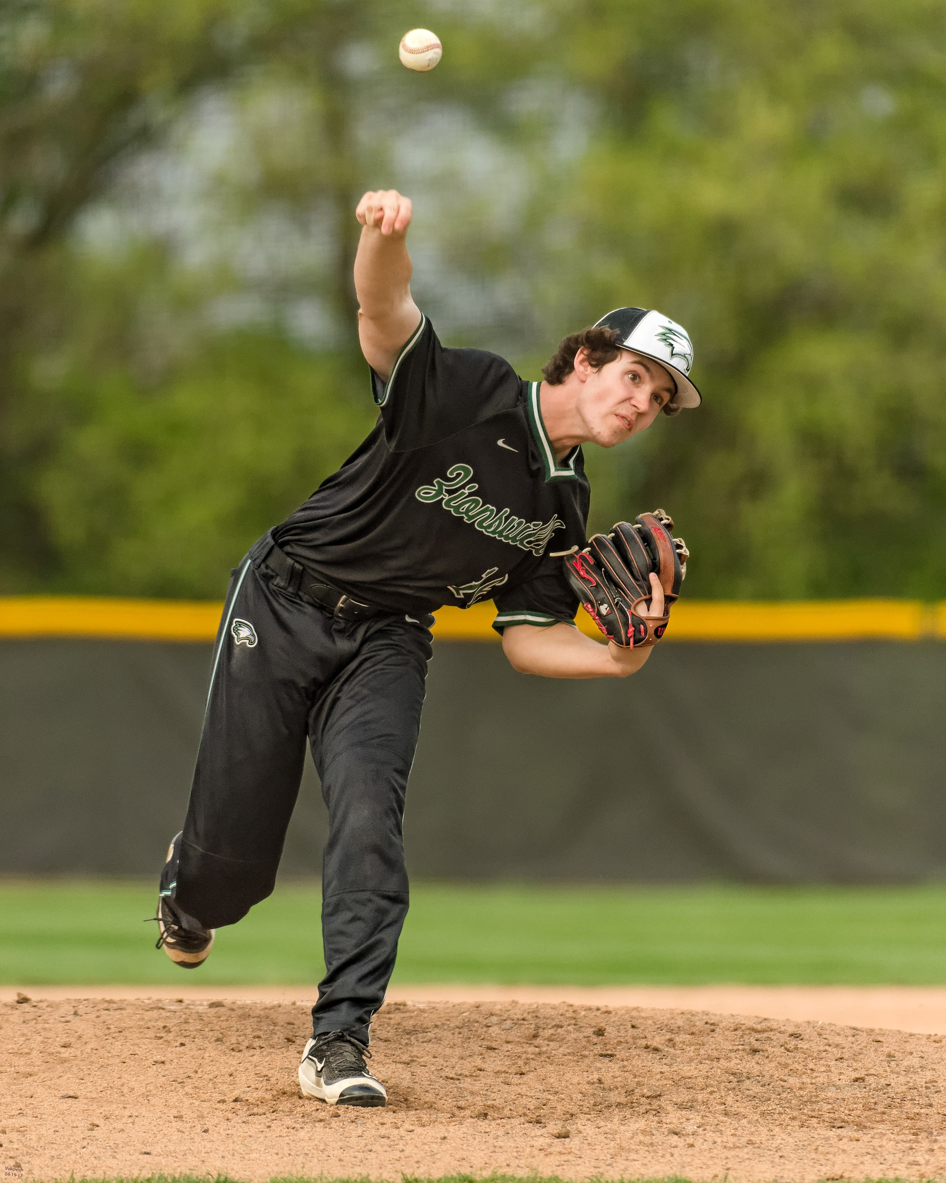 Sophomore Justin Castetter action photo