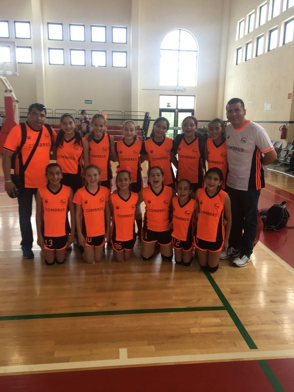 ¡Equipo de básquetbol femenil del Cumbres Monclova representará a su estado en la competenciaNacional! Featured Photo