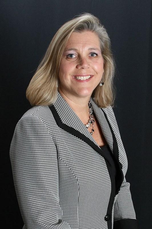 Dr. Julie MItchell