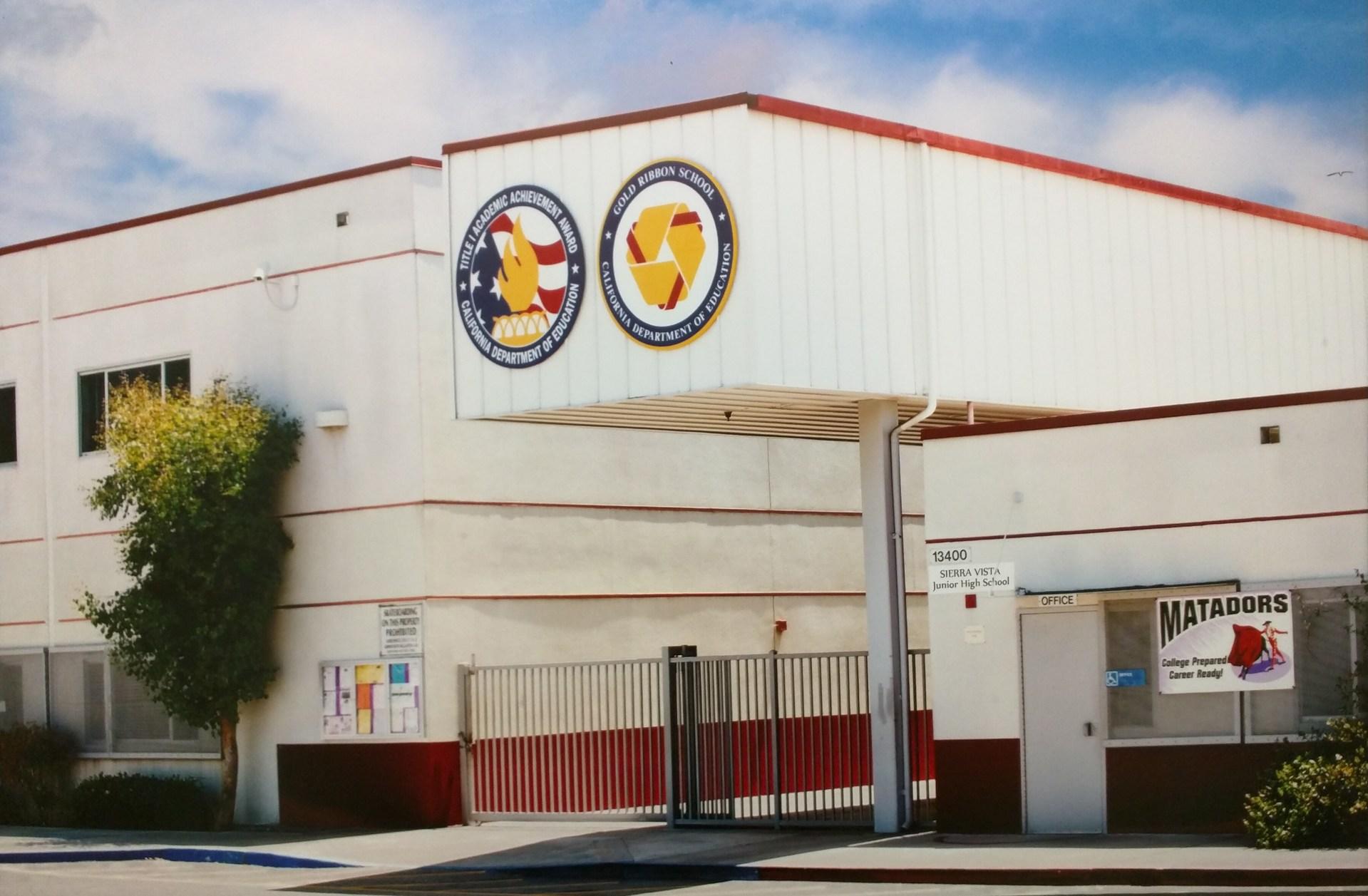 Sierra Vista Junior High School Picture