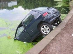 funny-cars-crash-8-400x299.jpg
