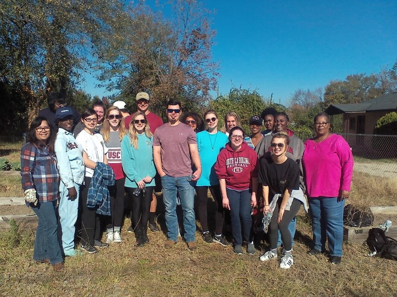 The gardening project, and USC tour, wrapped up the semester of mentoring between Pair and USC students.