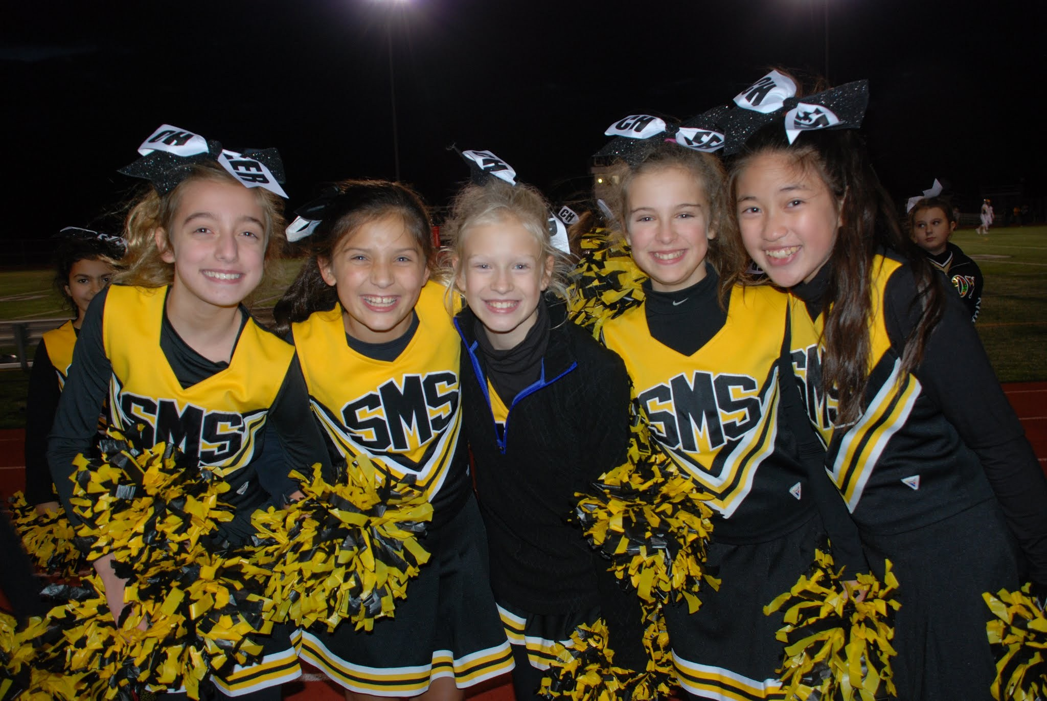 students cheerleading