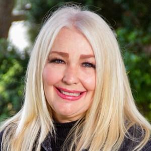 Lorraine Fellows's Profile Photo