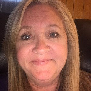 Debbie Stewart's Profile Photo