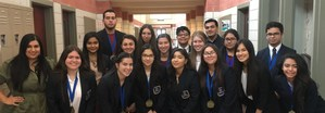 group picture of students advancing to state DECA competition