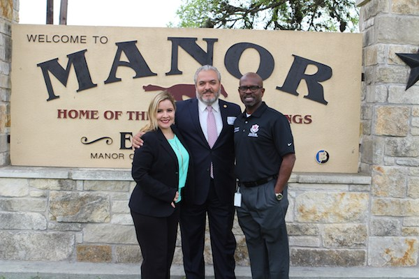 State Board of Education Member Tours Manor New Technology High School Thumbnail Image