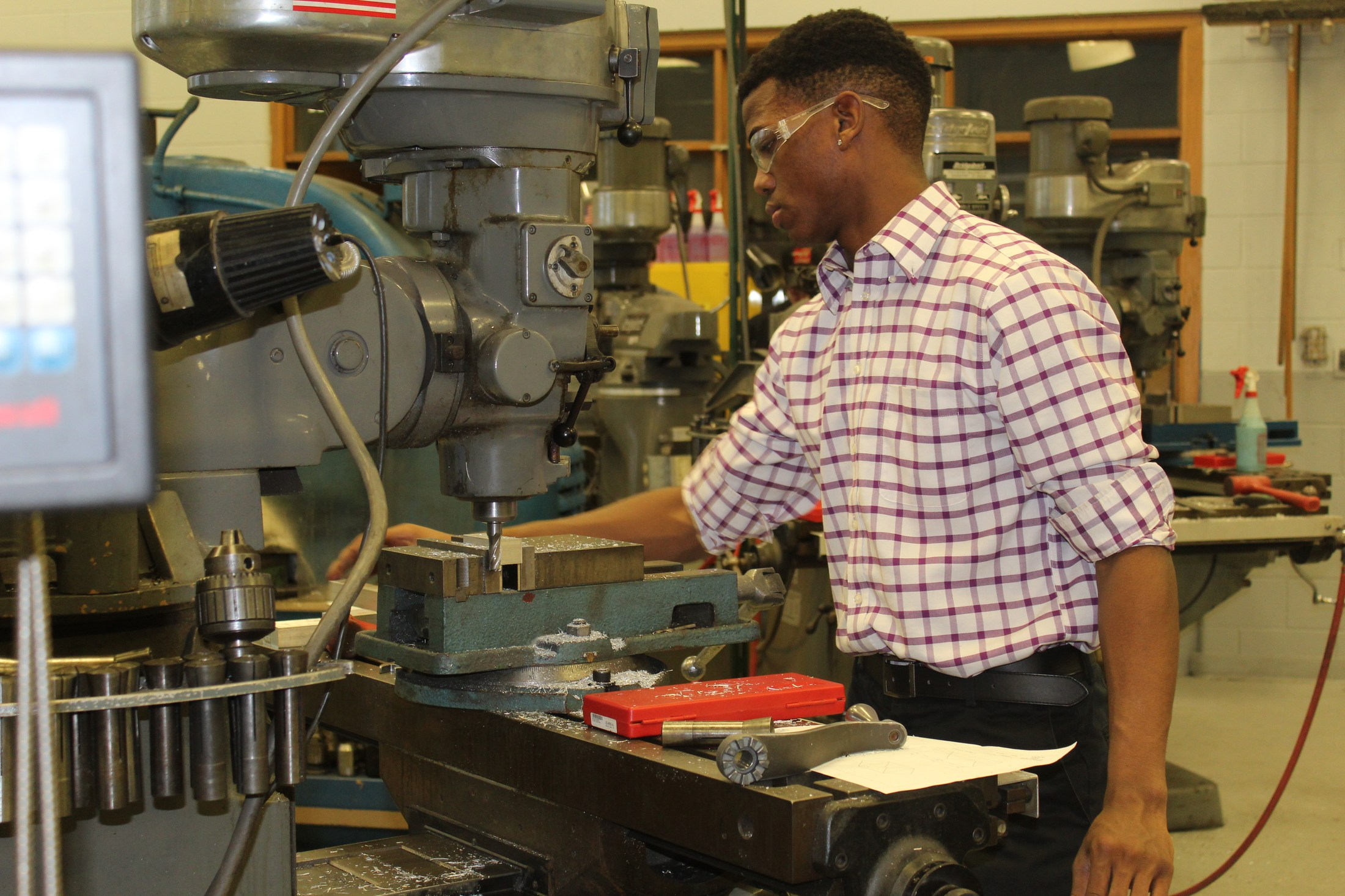 machine tool class student hard at work