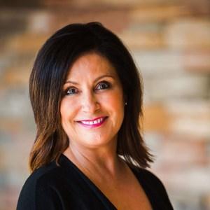 Lynda Cook's Profile Photo