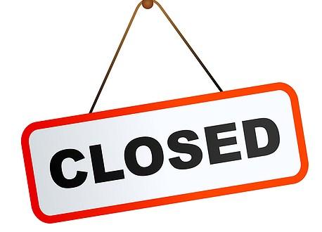Closed sign graphic