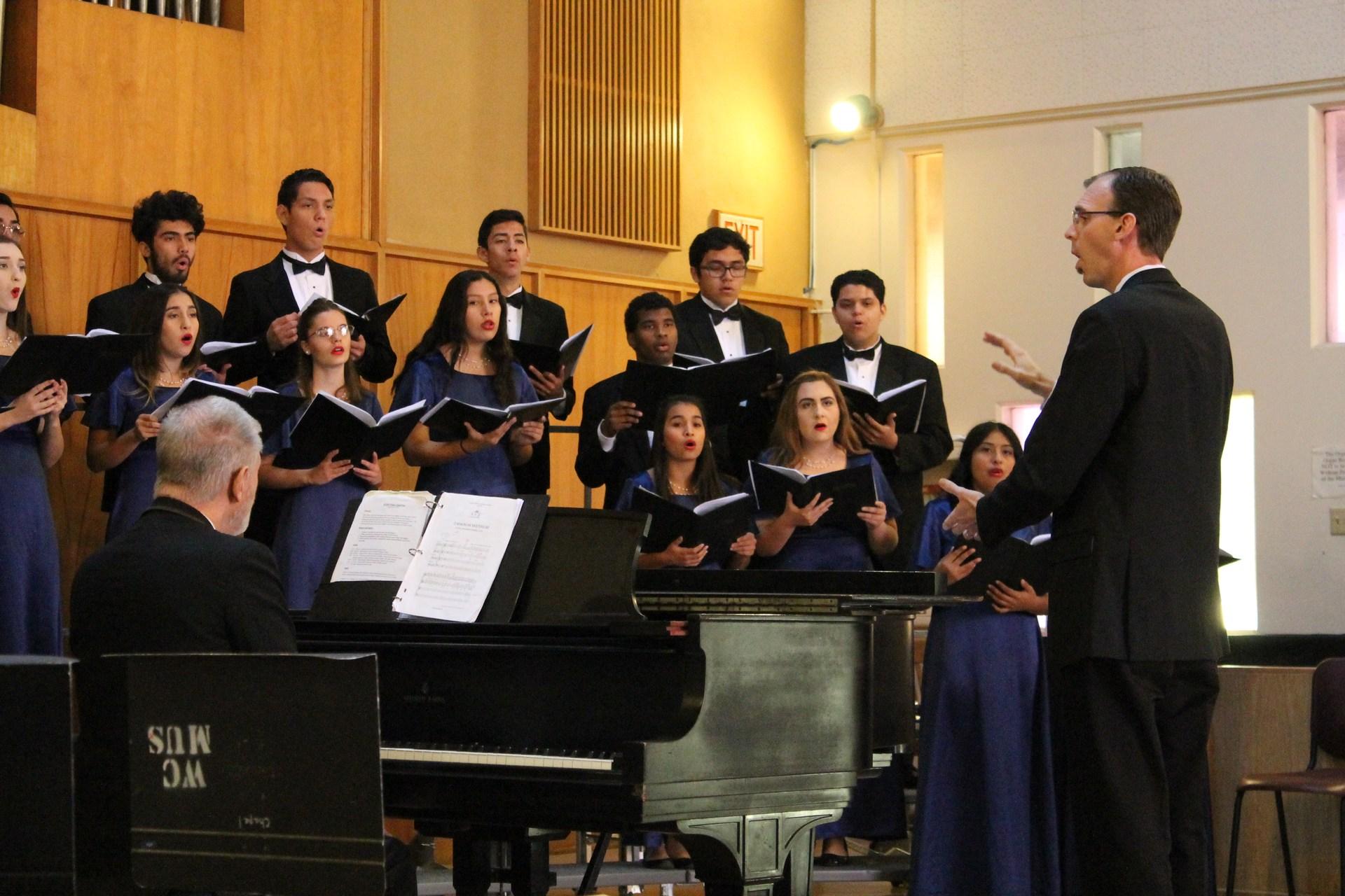 17-18 WUHSD Choir Festival CHS3 JS OWNER