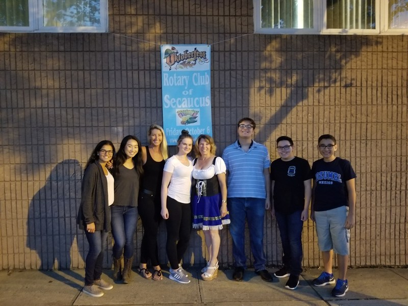 Rotary Interact Club Volunteers at Rotary's Octoberfest Thumbnail Image
