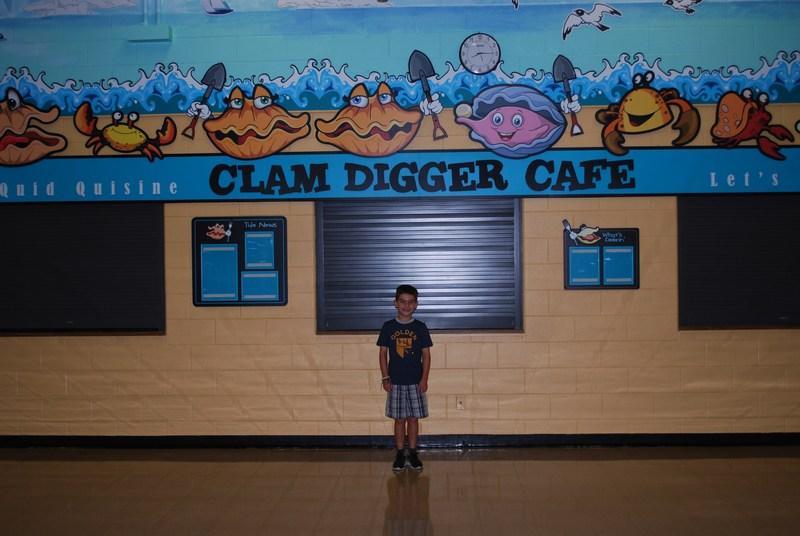 Quid's New Cafeteria