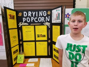 Student science fair winner and project