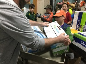 Fourth Graders delivering diapers to SnowCap