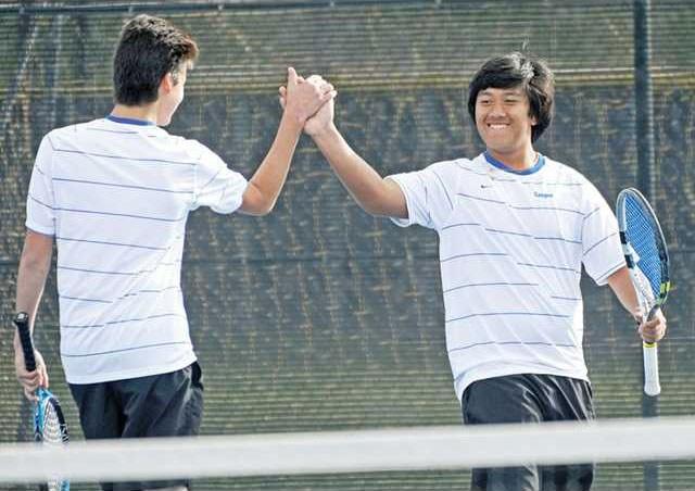 tennis varsity high five