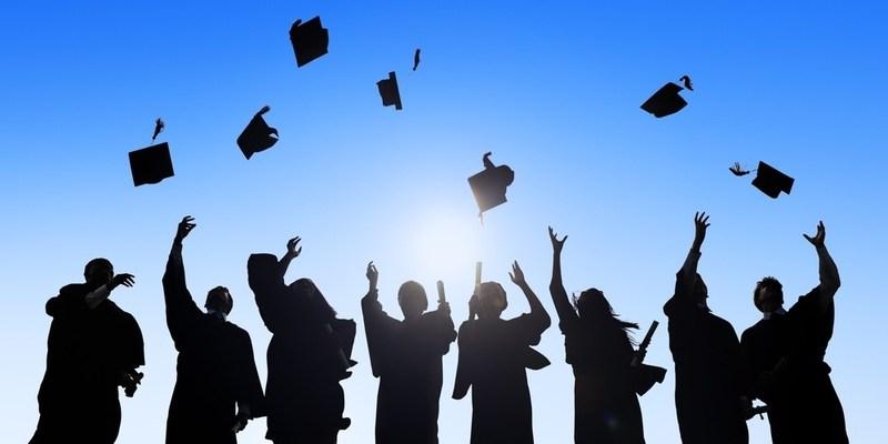 Graduation Live Stream Thumbnail Image