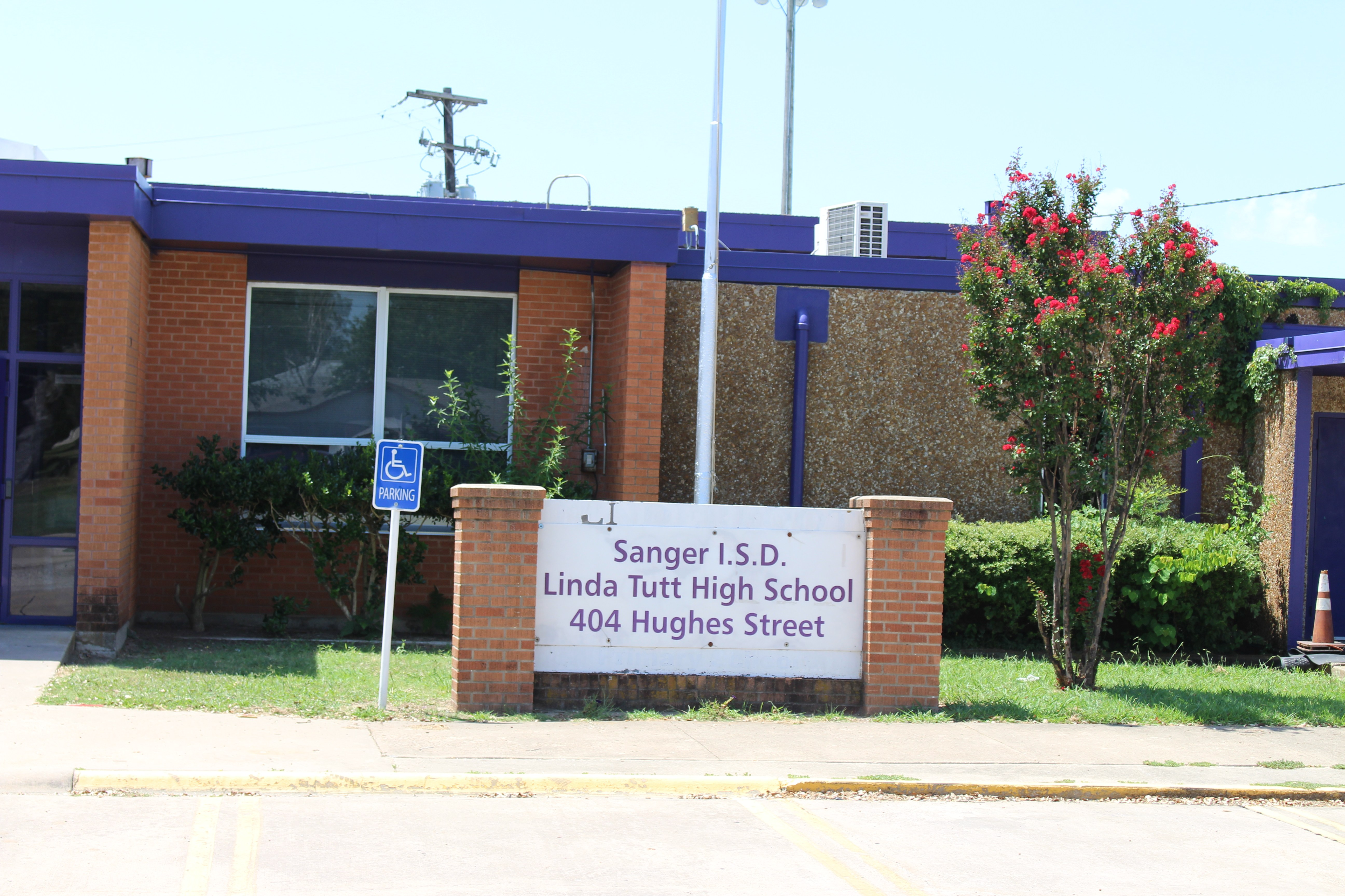 Linda Tutt High School