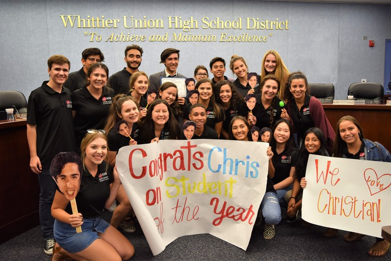 La Serna Students Cheer on Student of the Year Featured Photo