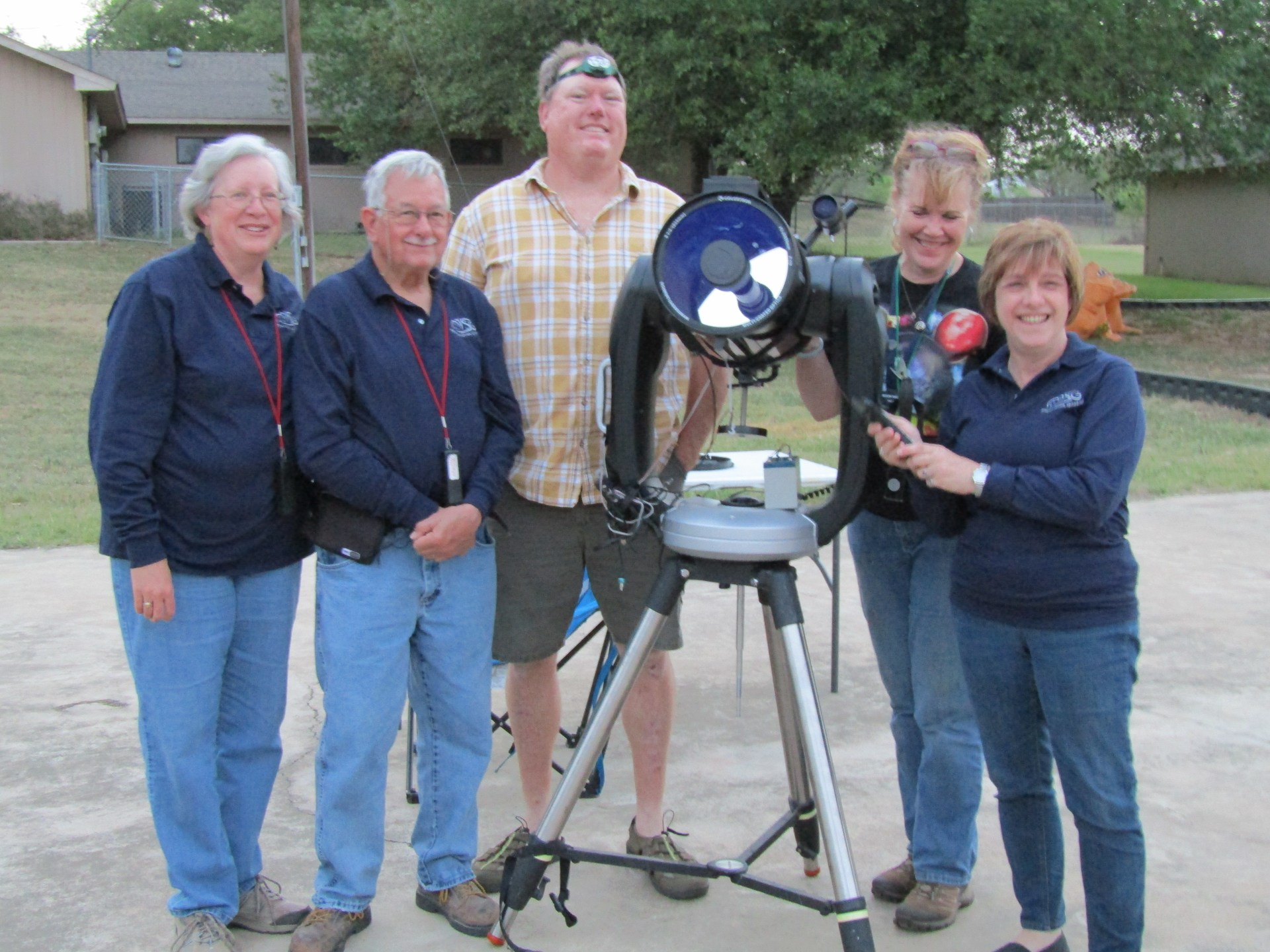 Mason Star Gazers at the Star Party