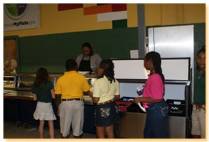 students in cafeteria line