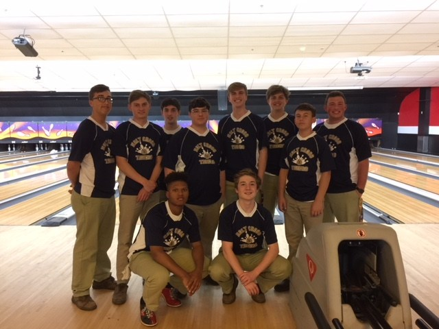 Holy Cross Bowlers Win Over Chalmette 17-10 Featured Photo
