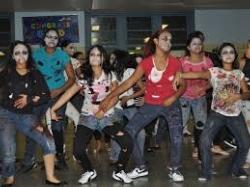 thriller dancers.jpg