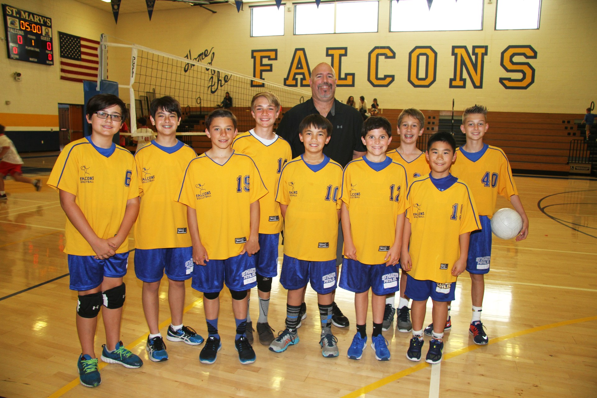 Canyon B boys' volleyball team pic