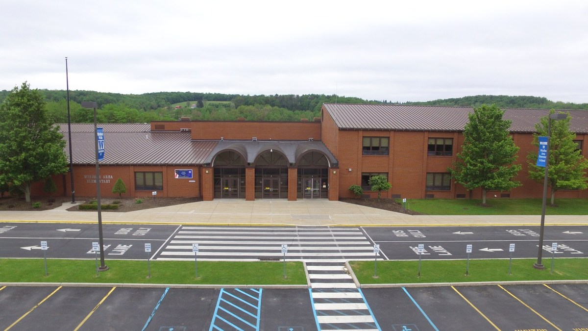 Windber Elementary School – School District – Windber Area