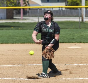 Coloma's Jaidyn Hutsell pitches against Portage Central on Saturday.