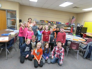 Elementary students complete the Spanish after-school class.