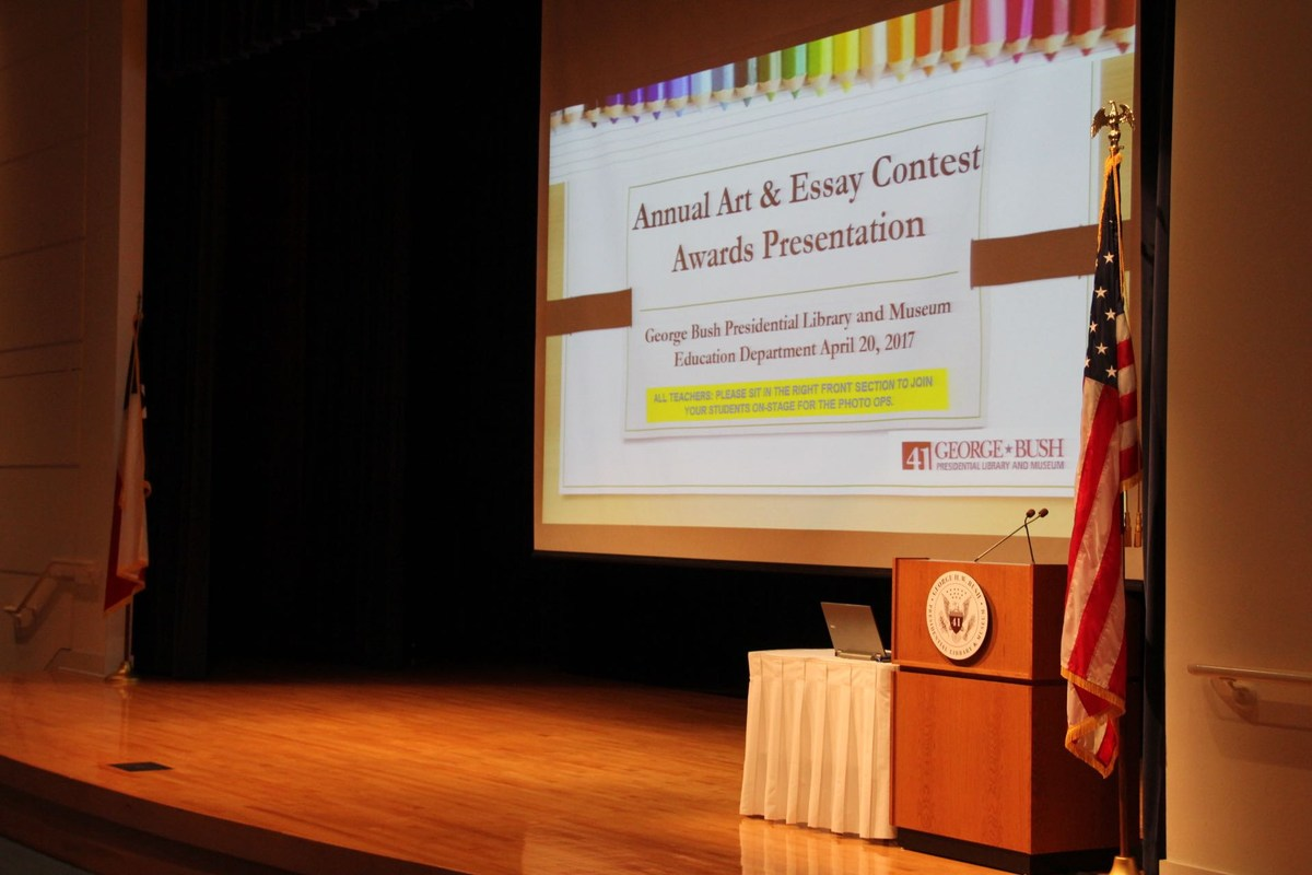 essay contest elementary Essay contest students in grades 3 to 12 can win up to $500 for writing pleas to convince local or national officials to improve public infrastructure , such as roads, trash collection, or the 9-1-1 emergency response system.