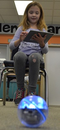 Leah Smith tried her hand at driving the Sphero, a remote-controlled robotic ball, via her iPad.