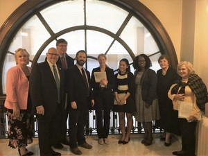 Today seven @4201Schools members traveled to Washington DC to meet with U.S. Reps and U.S. Senators. #CogsellMacy #IDEAFunding