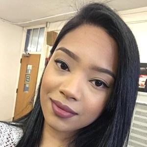 Isabel Flores's Profile Photo