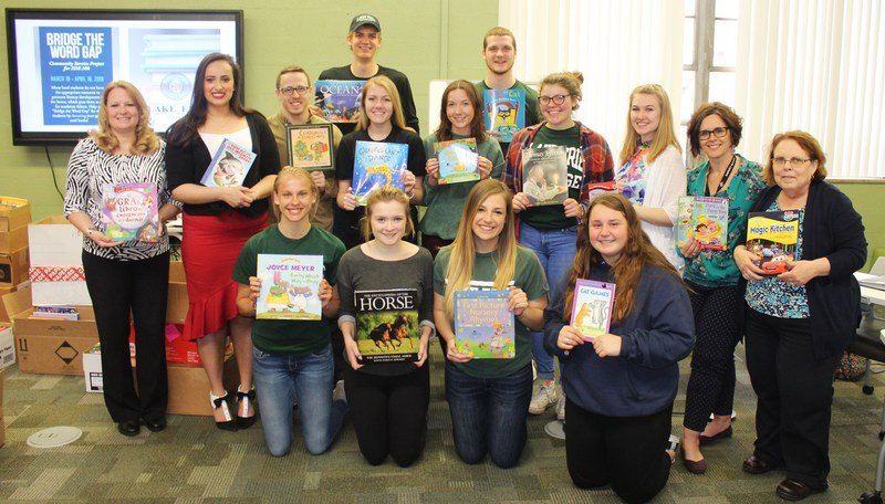 Lake Erie College Students Collect 5,000+ Books To Benefit