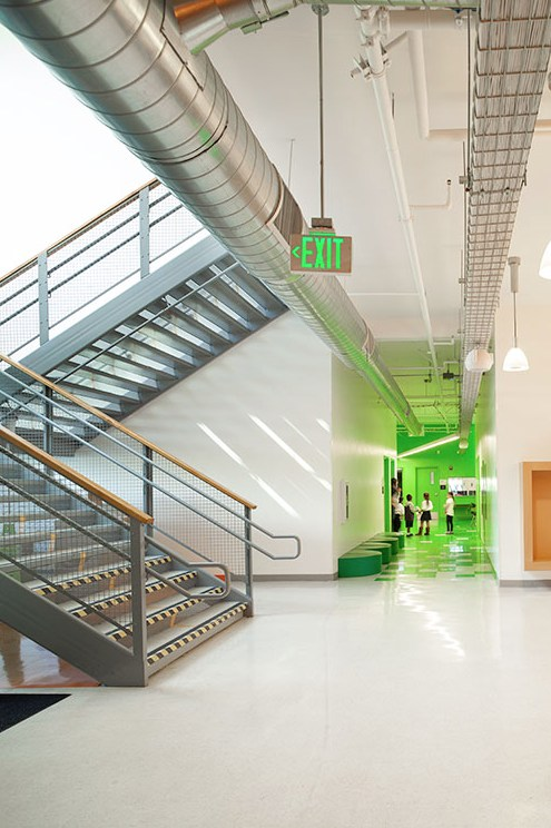 interior hallway: green wing