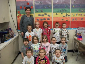 Ms. Bodenhamer's class is wearing 100 Days of School t-shirts.