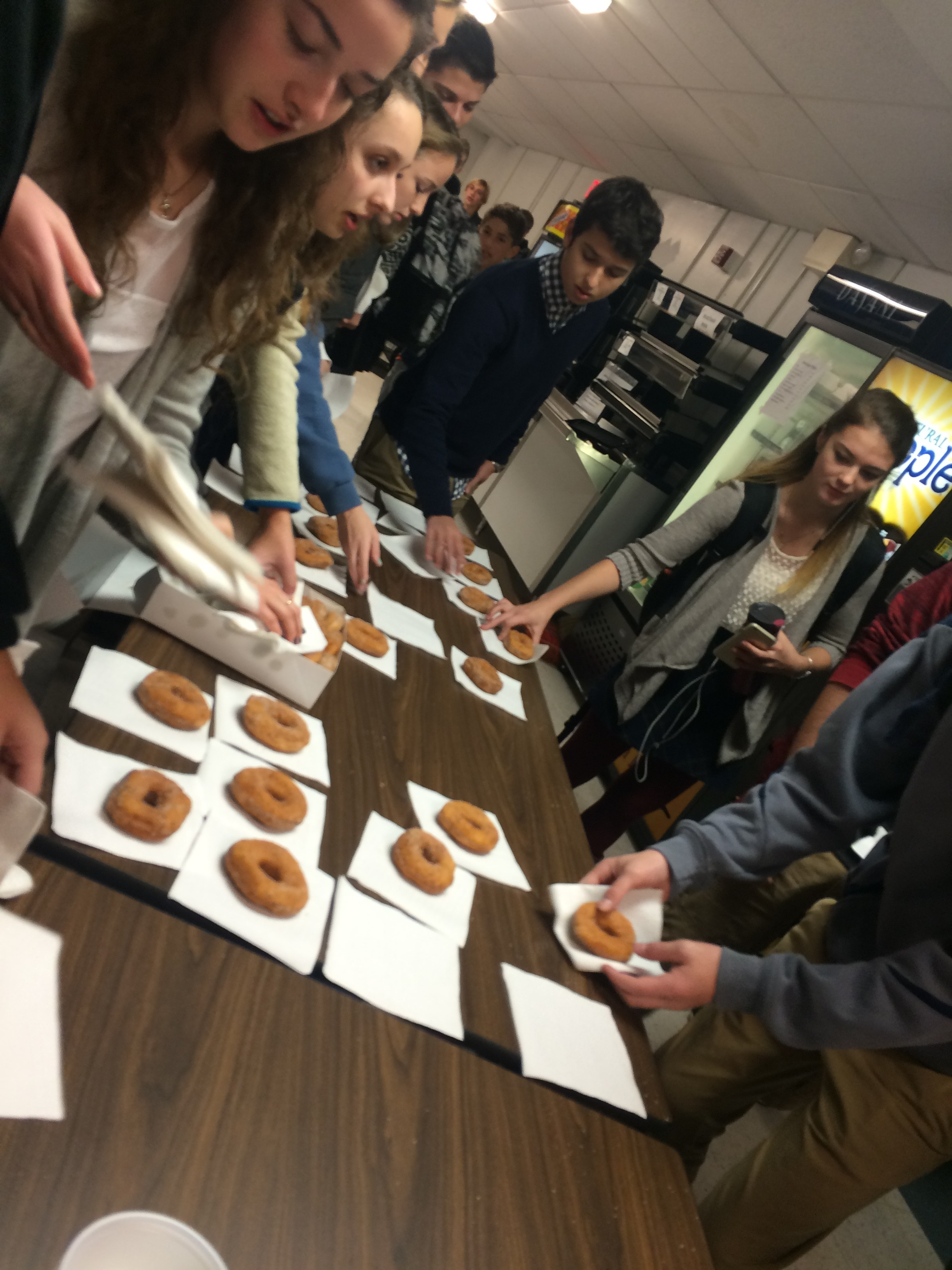 Students buy doughnuts at the Student Council fundraising event