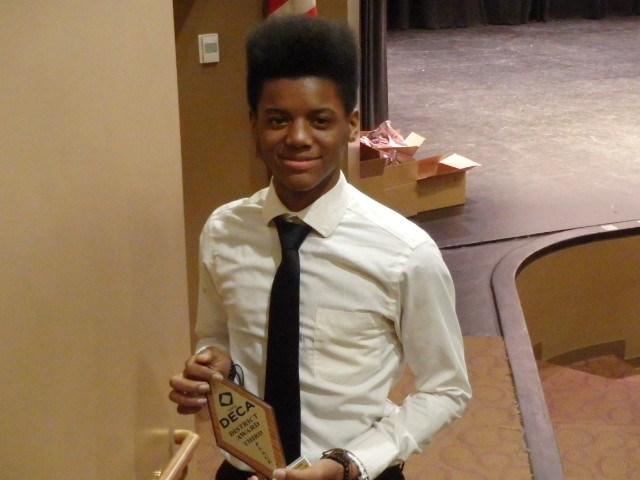 Sophomore, D'Shaun James – 3rd place in Quick Serve Restaurant Marketing.