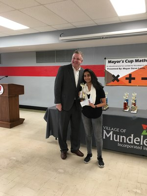 Kajal Patel with Mayor Lentz
