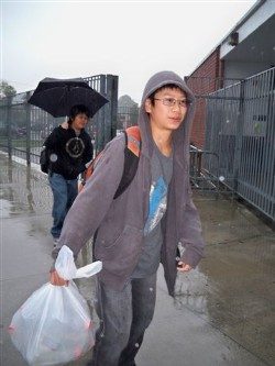 recycling drive for japan 008.jpg