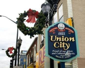 Union  City Town Sign