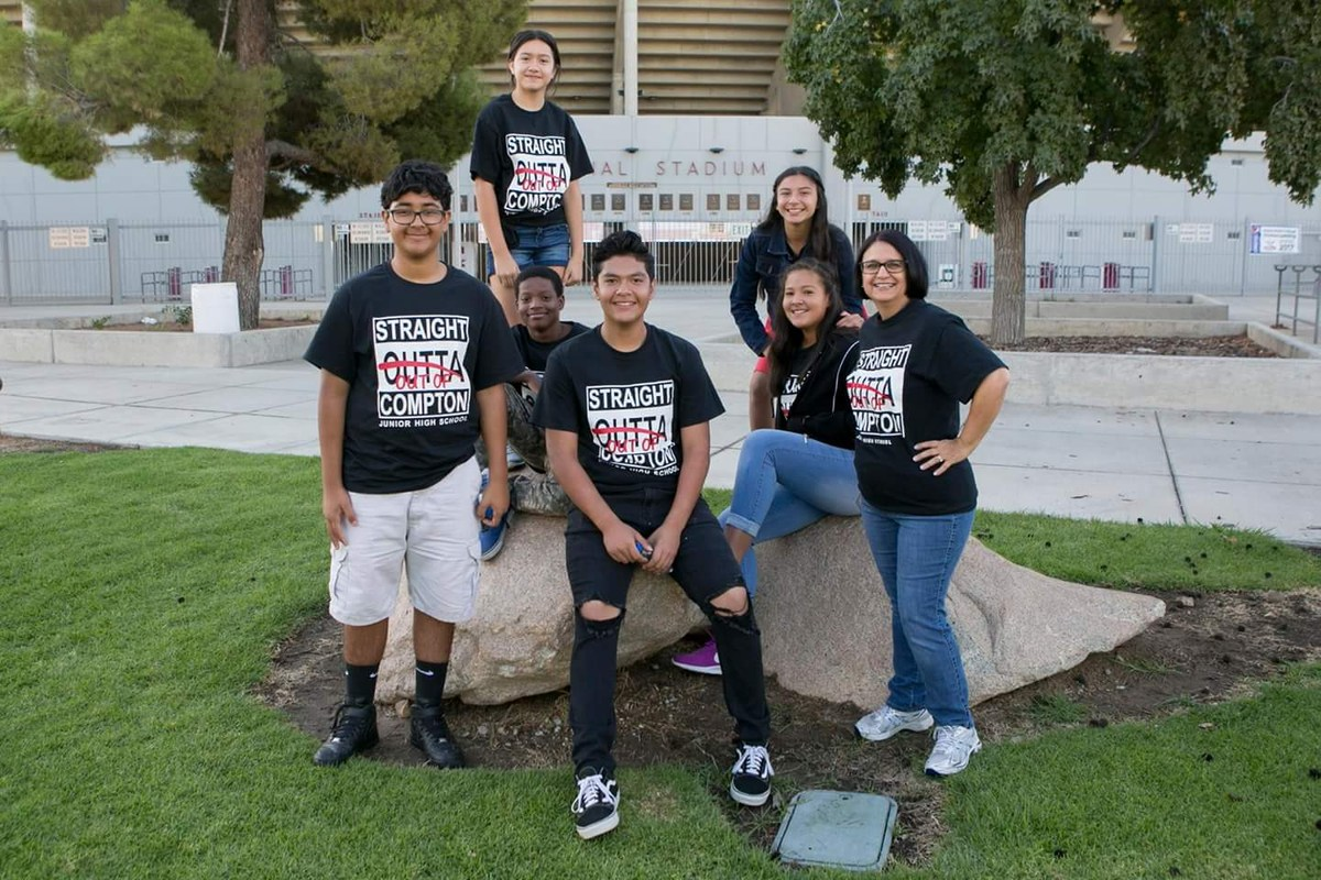 2017-2018 Compton Jr. High Student Officers at Bakersfield College