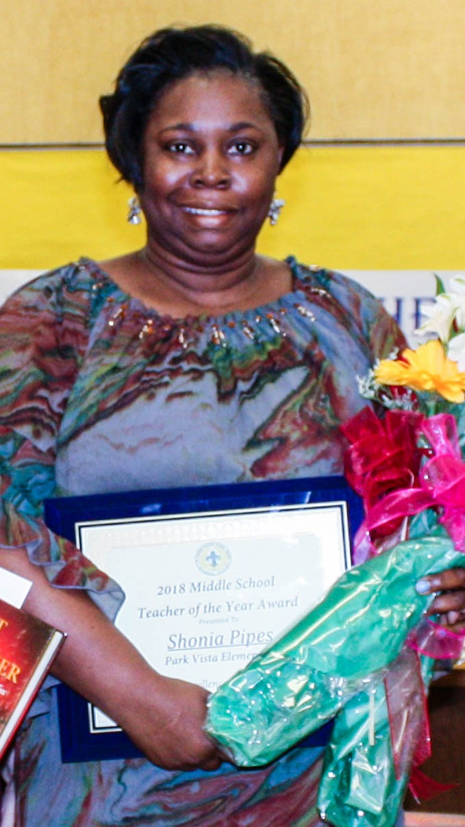 Middle School Teacher of the Year Shonia Bates