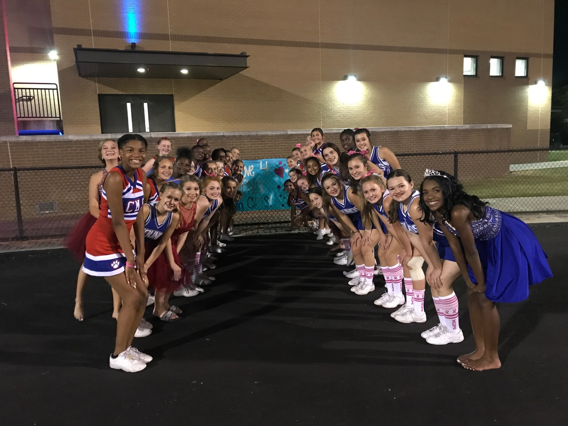 Colmer Middle School Cheerleaders love Sophia Myers and our OS Friends! #LoveforSophia #Fight DIGP