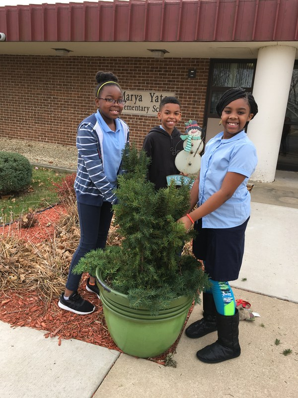 Student Council Beautifies School Featured Photo