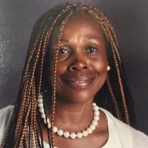 Linda Graves's Profile Photo