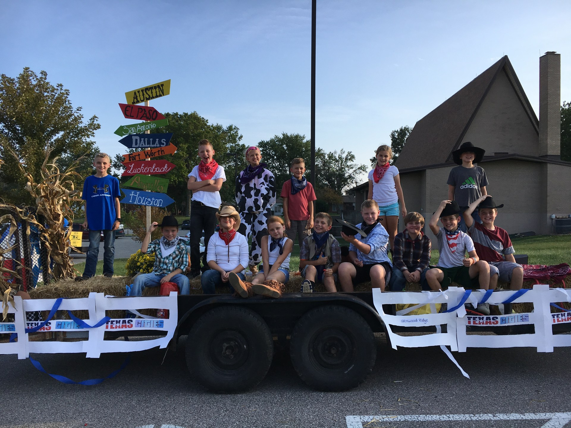 GRE Student Council Homecoming float