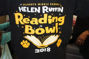 Reading bowl t-shirt